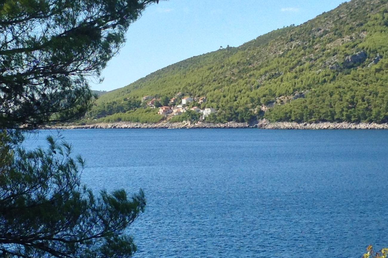 Seaside villa small quiet neighbourhood mediterrean nature